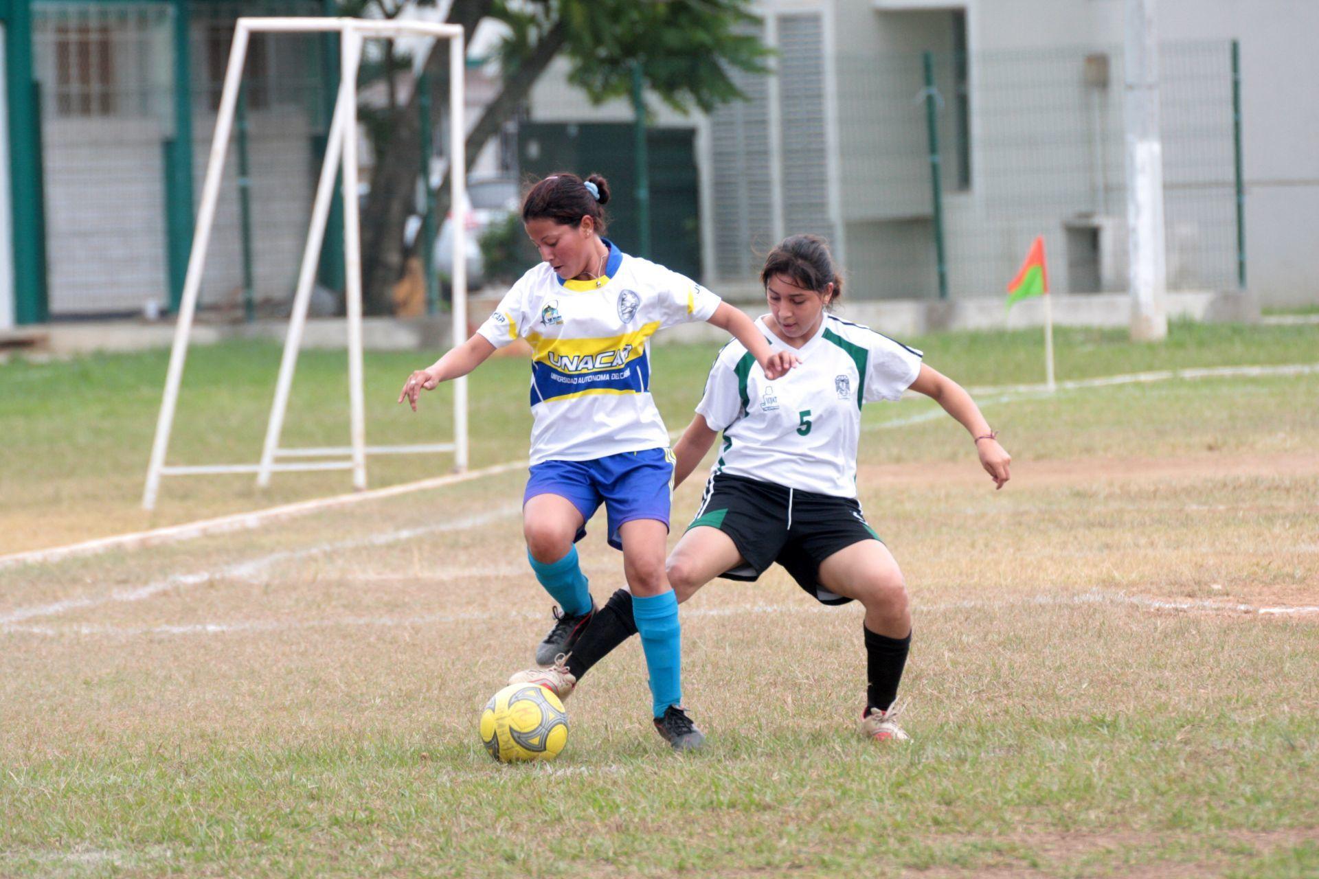 #ComunicadoMCV: Desigualdades de género en la cancha de futbol