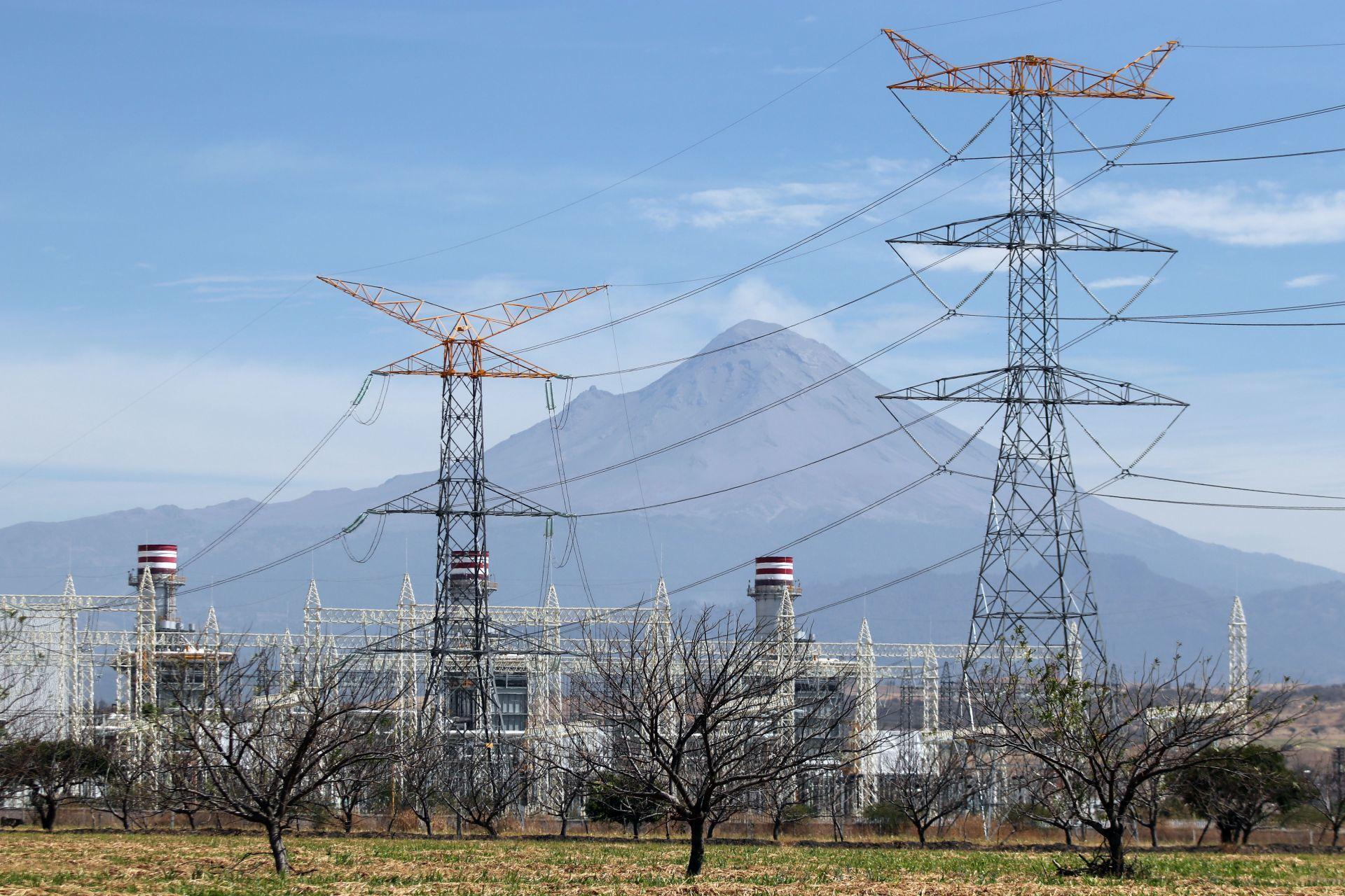 ¿Cuáles serían los efectos para los hogares y trabajadores de aprobarse la iniciativa de Reforma Eléctrica?